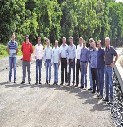 Claudemir Freitas e prefeitos do Sudoeste cobram agilidade na recuperação da BR 373